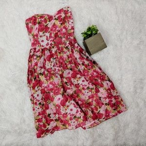 LAUNDRY by Shelli Segal red floral strapless dress